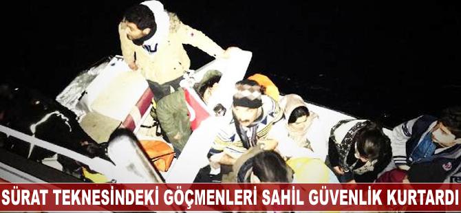 Sürat teknesindeki göçmenleri Sahil Güvenlik kurtardı